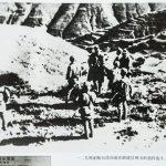 一二九师副师长徐向前在潞城县神头岭指挥战斗。