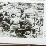 反摩擦斗争后,一二九师和军区领导人聂荣臻一起研究工作。
