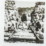 一二九师某部指战员,在寿阳、榆次间对正太铁路进行大破击。