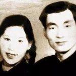 1956年,朱镕基与劳安在长沙的结婚照。