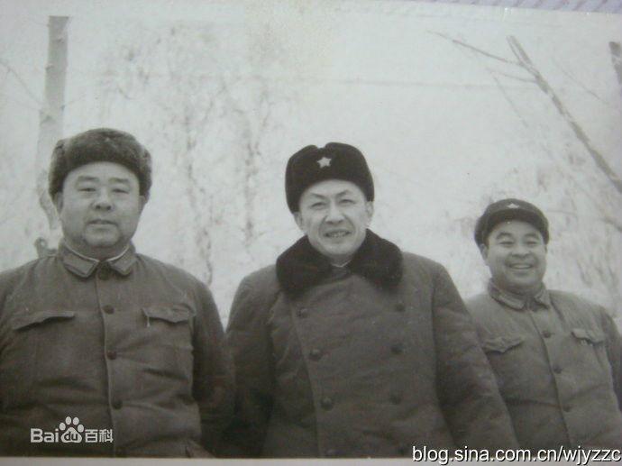 廖鼎琳、朱光亚、王国栋在新疆马兰训练基地