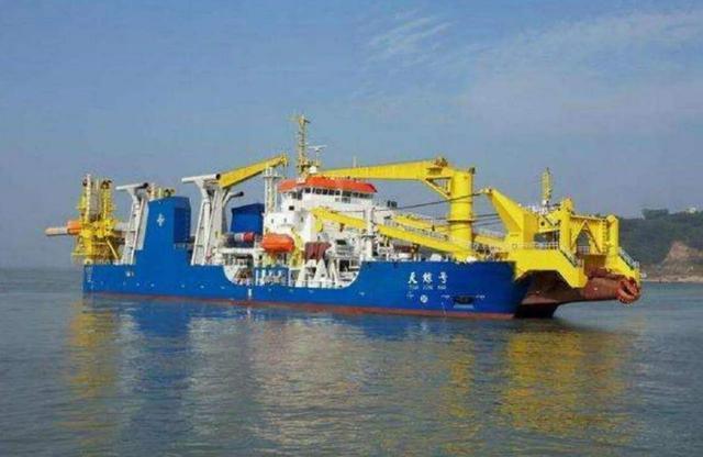中国大型挖泥船