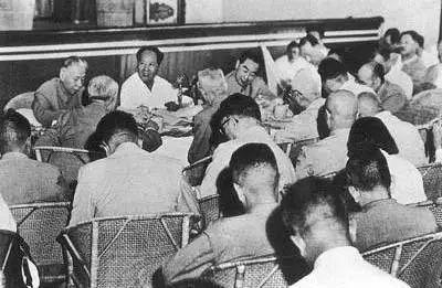 杨尚昆晚年坦言对彭德怀心怀内疚,文革中因何事被监禁12年之久