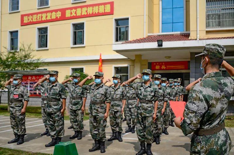 第71集团军向祖国和人民报告:我们时刻准备着!