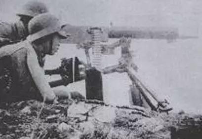 """刘伯承称赞""""军民合作的模范战例""""——苏亭伏击战"""