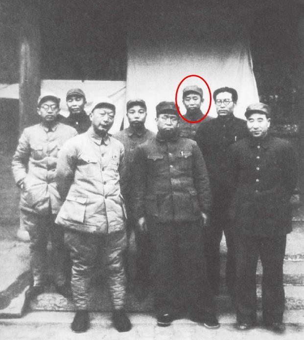 天津战役指挥部合影