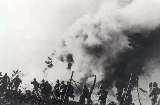 秦基伟对王近山发火:15军决不下阵地!这一战,后来出了4位上将
