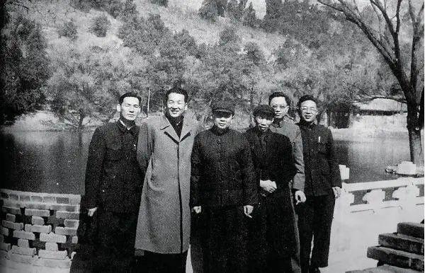第一任安全部部长:沉默者凌云
