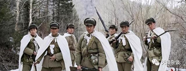 志愿军一次斩首行动,俘虏美军男兵女兵17名,还发现好多避孕套