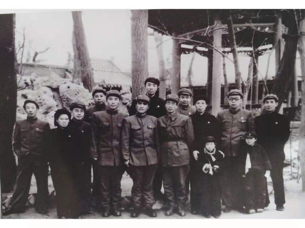 欢迎朝鲜人民軍代表团