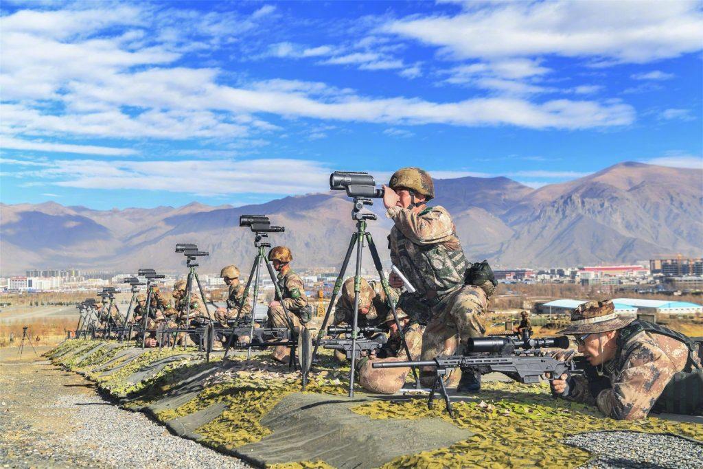 1月4日,西藏军区吹响练兵备战的新年号角,炮兵、陆航、工化等劲旅在海拔3600多米的高原练兵场上上演立体突击。除了第一个是CS/LR35,后面都是338。 