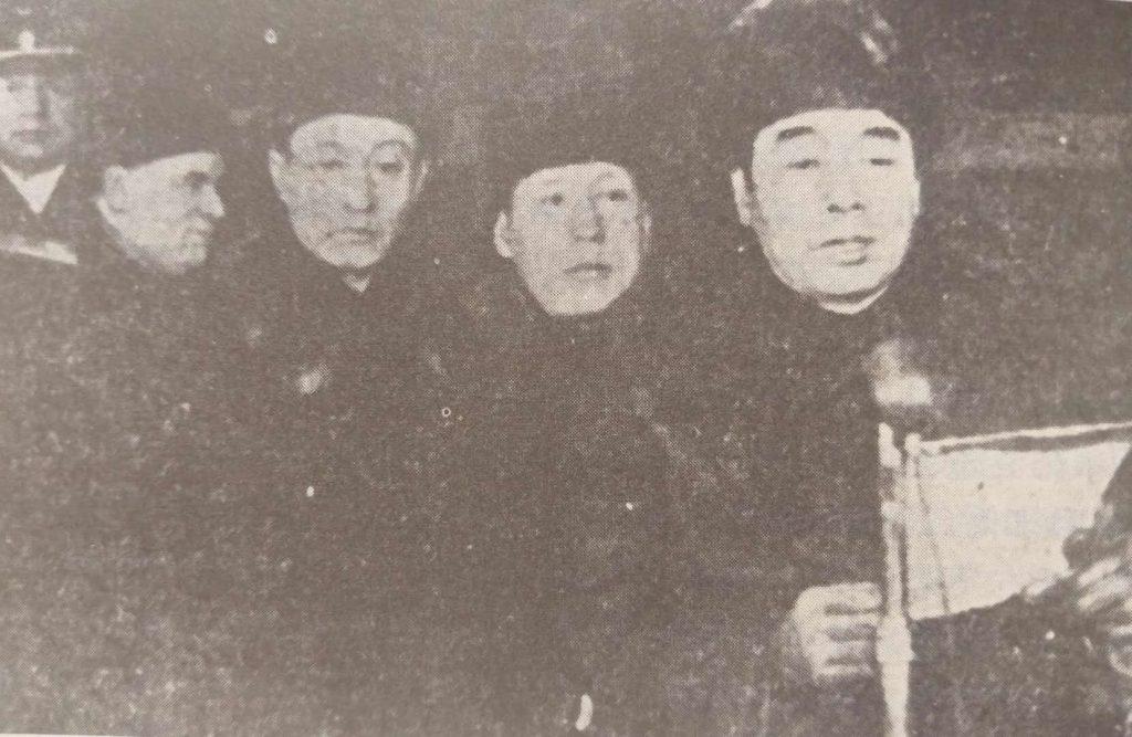 1950年,伍修权(右2)随同周恩来(右1)赴苏访问(右3王稼祥)