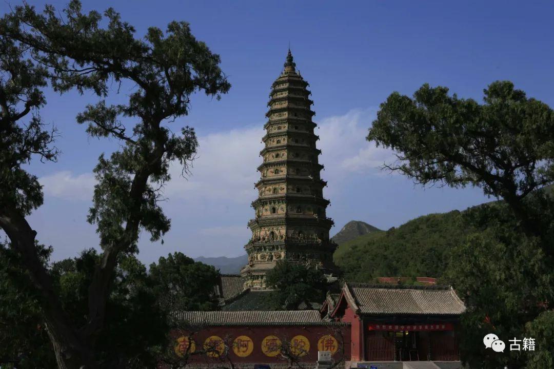 山西寺庙发现稀世宝藏,日军疯狂抢夺,方丈拼死守护!
