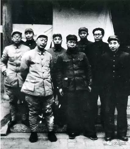 """中国人民解放军""""一野、二野、三野、四野""""的诞生"""