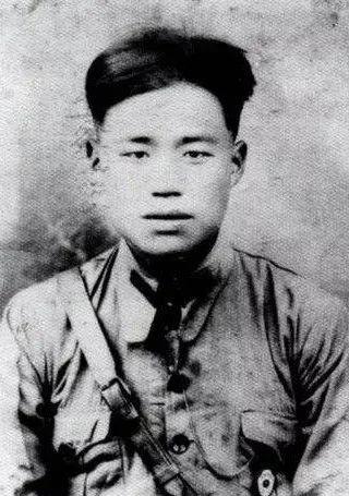 """""""疯将""""王近山之女回忆父亲解放战争时期最得意的两场战役"""