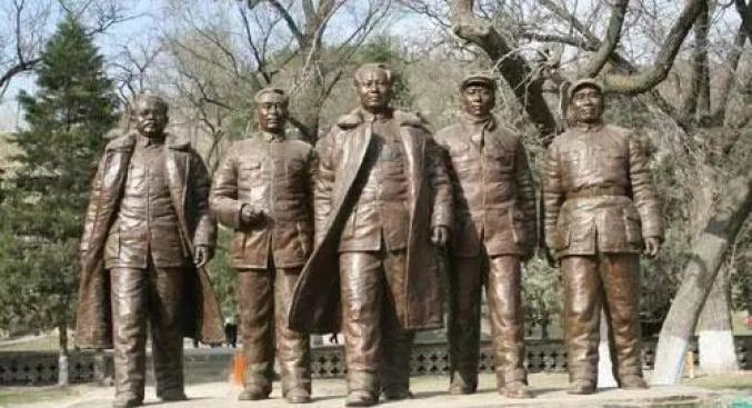 延安时期中共中央书记处五大书记的铜像