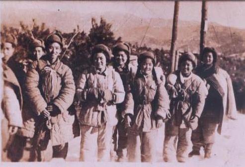 林颖和战友们的合照