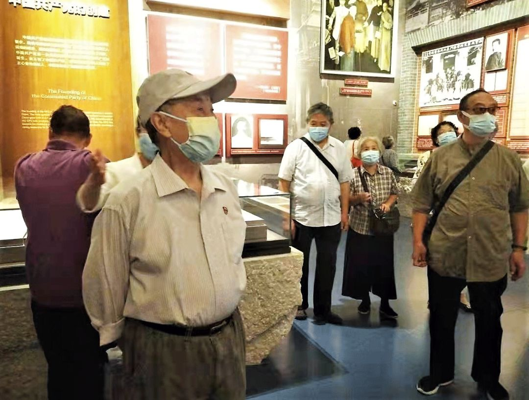 一堂生动的党史教育课--太岳分会组织会员参观中国共产党历史展览馆