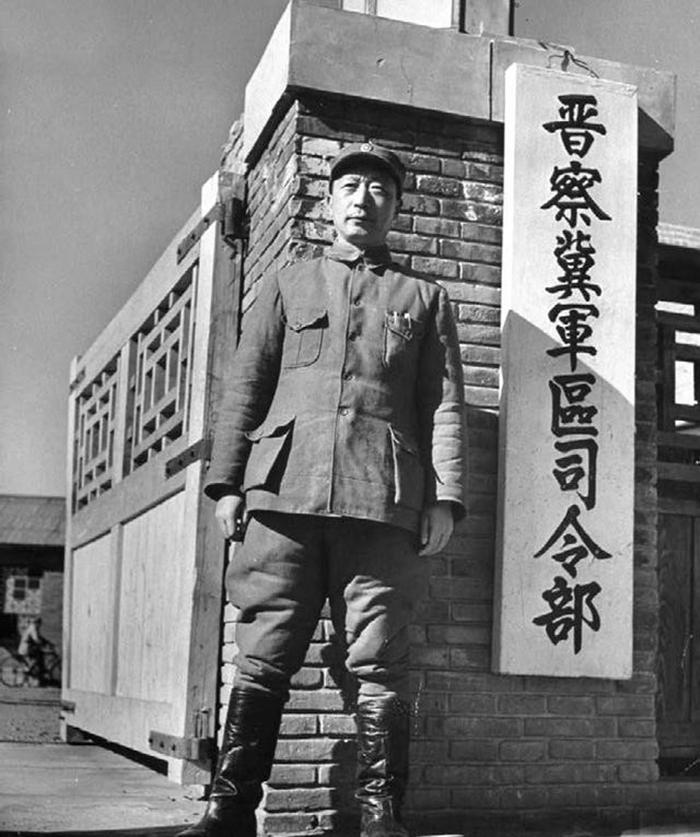 聂荣臻打仗是什么水平?连续败给傅作义,真的全是他的责任吗?