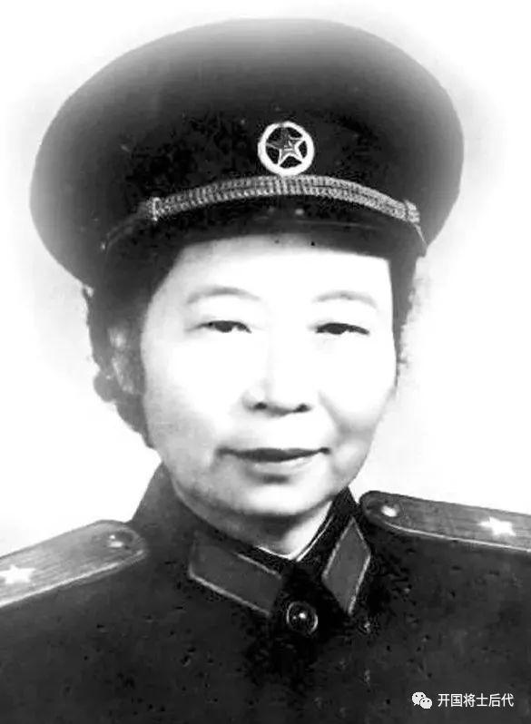 1955年没有授衔的10万退役女兵