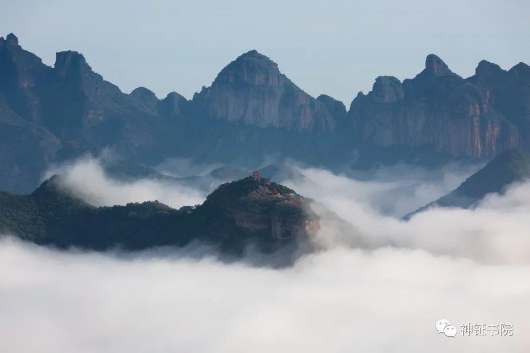 姚鸿军丨武安西部太行山区出现云海奇观