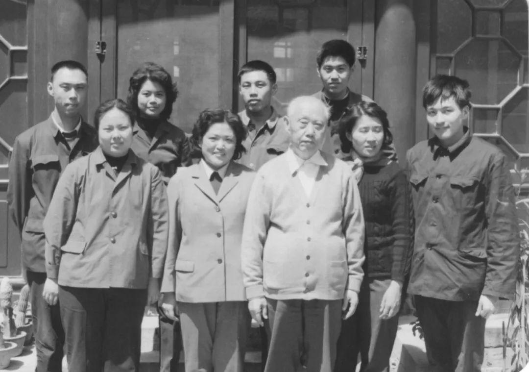 王炳南致信胡耀邦:取消高级干部的特权