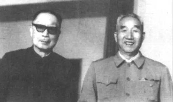 1985年,大军区合并,两位老帅都不主张保留哪个大军区?
